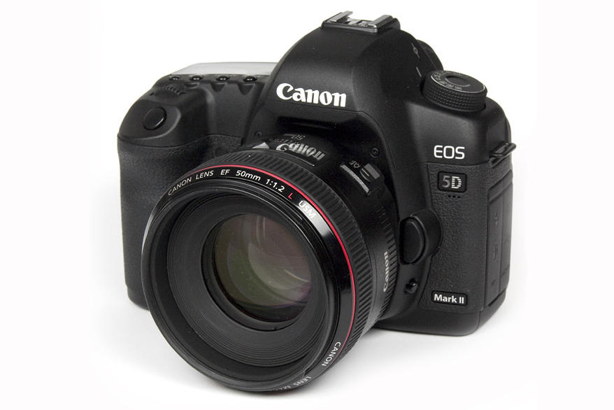 DSLR (Digital single-lens reflex)