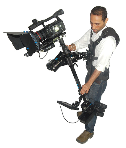 FlyCam Flujo Stabilization System supporting cameras weighing up to 5-15Kgs/11lbs-33lbs.