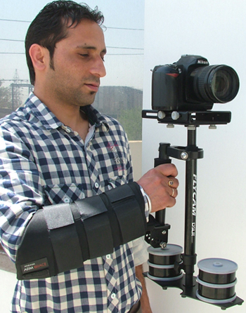 FlyCam DSLR Nano with Arm Brace and COMPLIMENTARY Quick Release