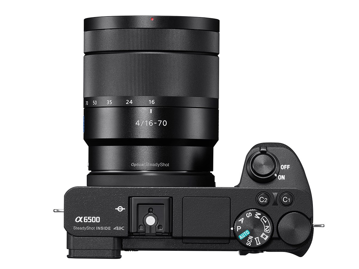 Sony Alpha a6500 sa Carl Zeiss Vario-Tessar T* E 16-70mm f/4 ZA OSS Lens SEL1670Z