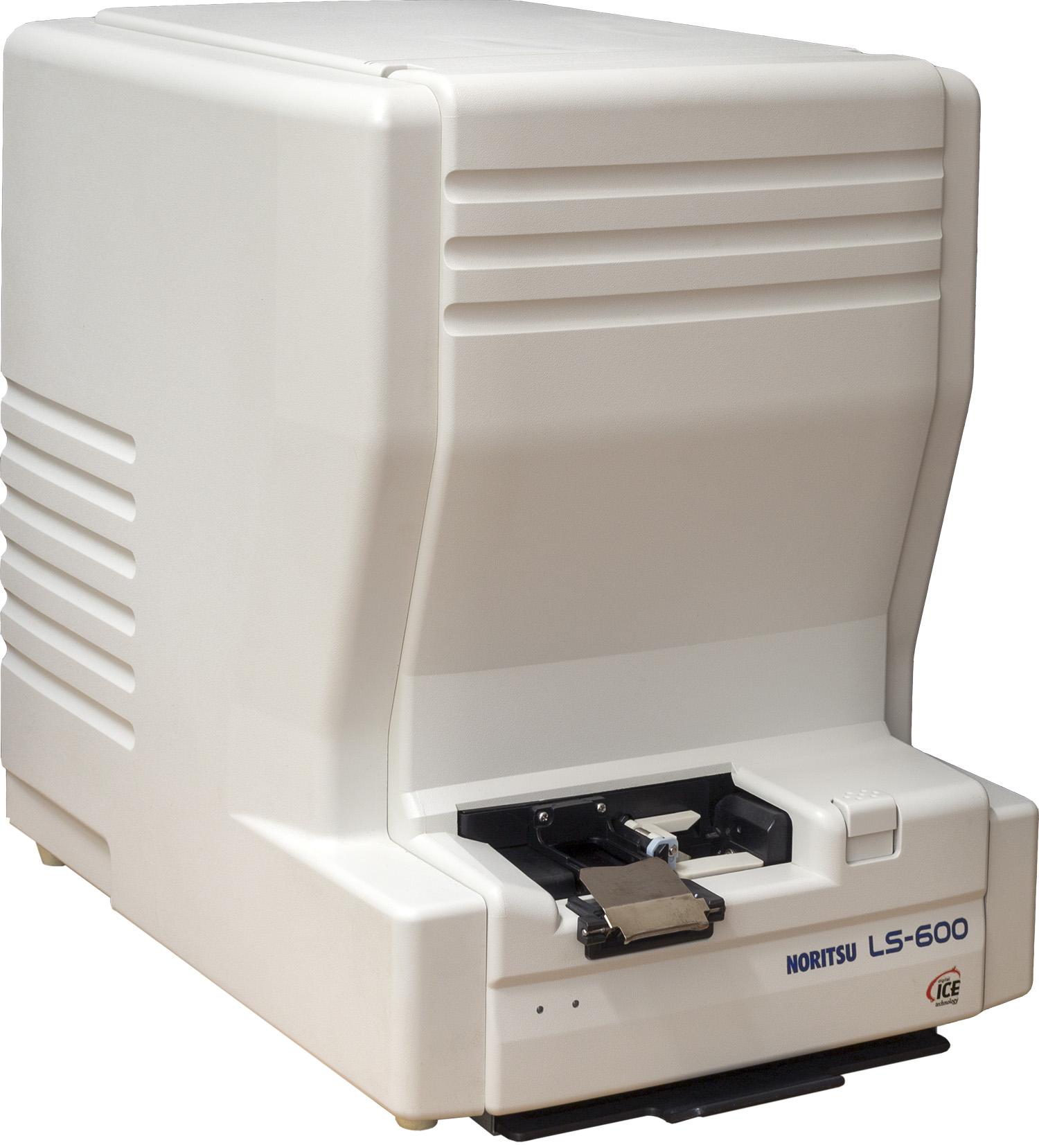 Noritsu LS-600 skener