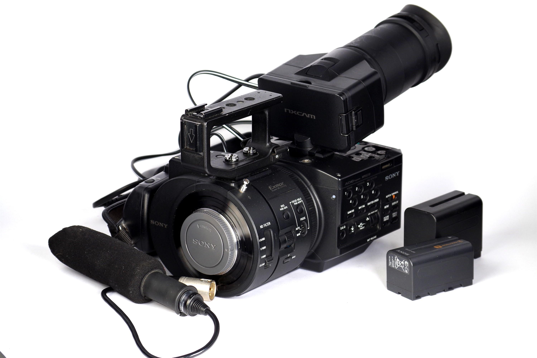 Sony NEX-FS700E